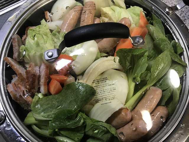 淡路島産玉ねぎスープ鍋の素のお野菜たっぷりポトフ